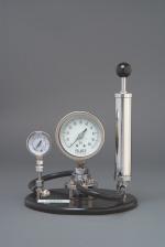 8000-P Pneumatic Gauge Tester
